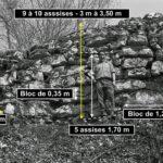 Mur d'enceinte du chemin des Anes, encore visible sur 110 m. Photo archives André Berthier – Plateau de Chaux-des-Crotenay